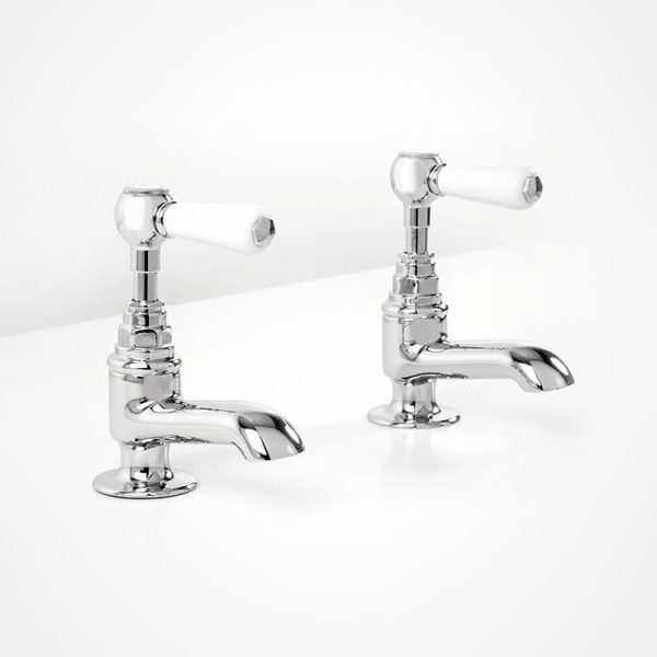 Britannia bath pillar taps white levers