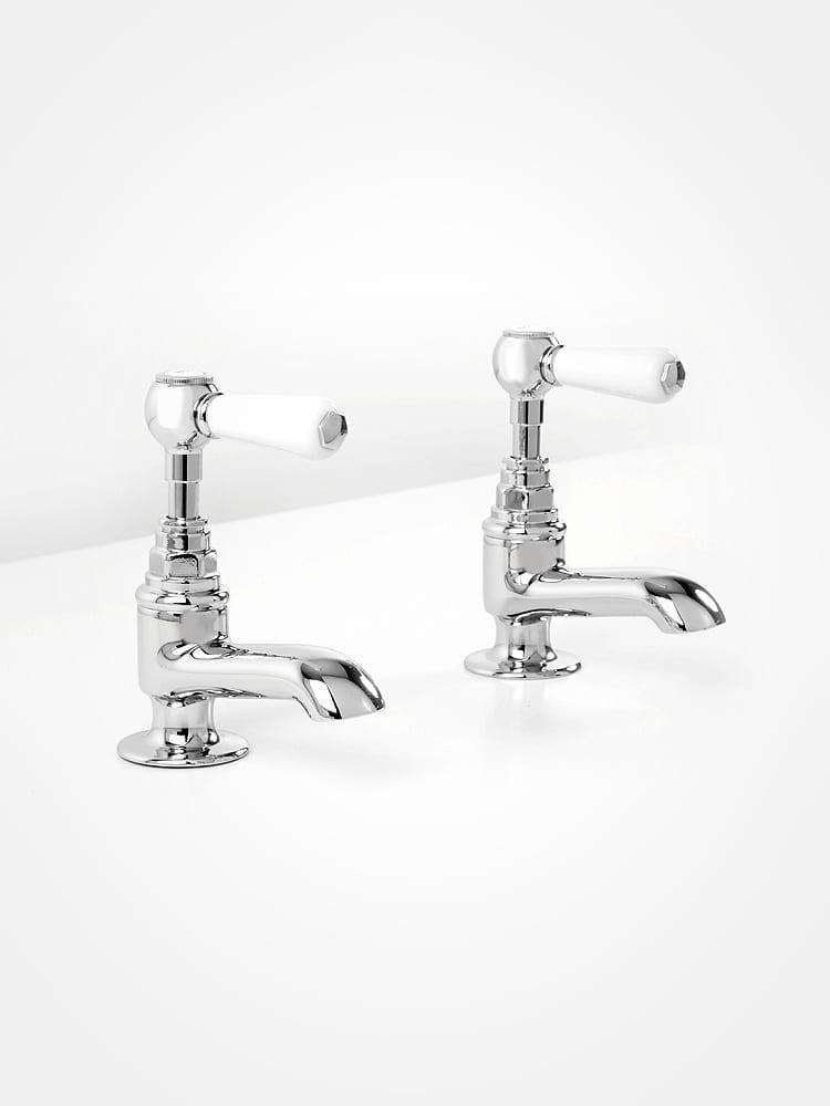 Britannia bath pillar taps white levers