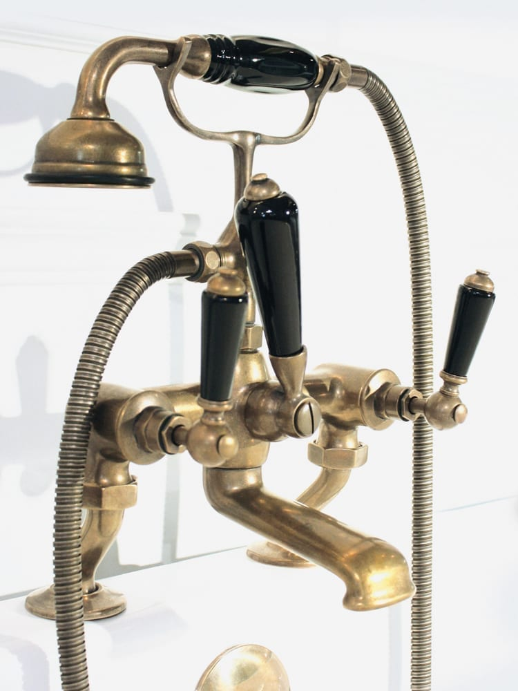 aged brass bath mixer