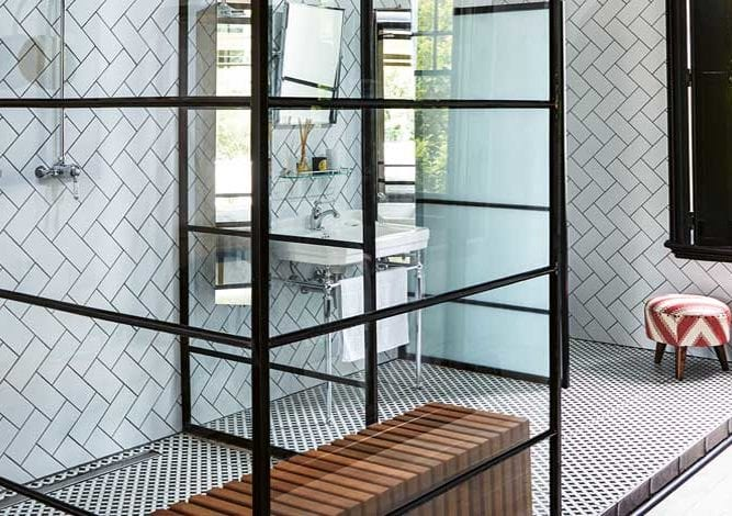 modern-classic-shower