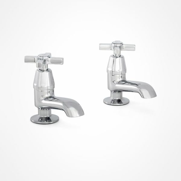 arté modern pillar tap for bath with square tap heads