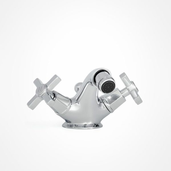 arté modern bidet mixer with square tap heads